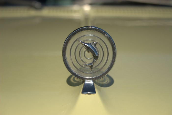 Emblems Hood | The Vintage Car Show