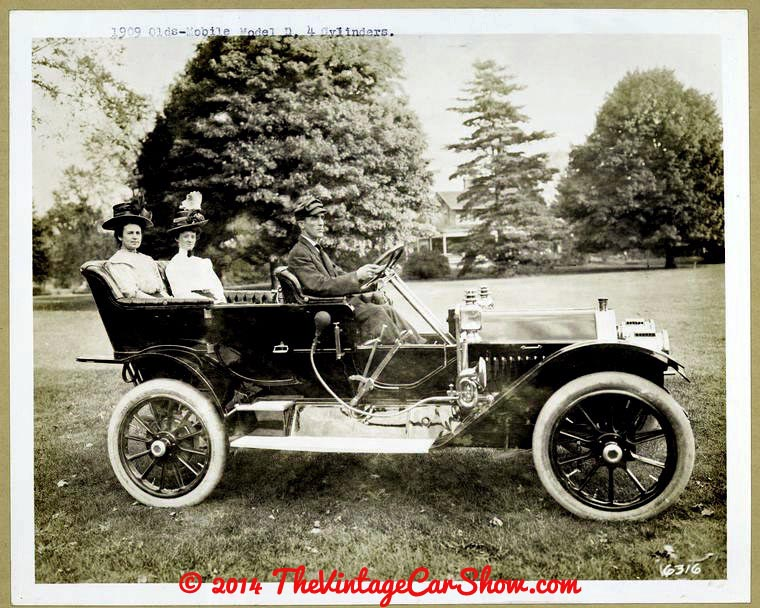 oldsmobile-historic-pictures-12