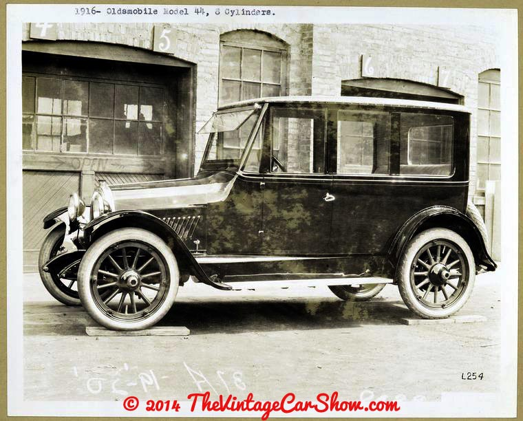 oldsmobile-historic-pictures-19