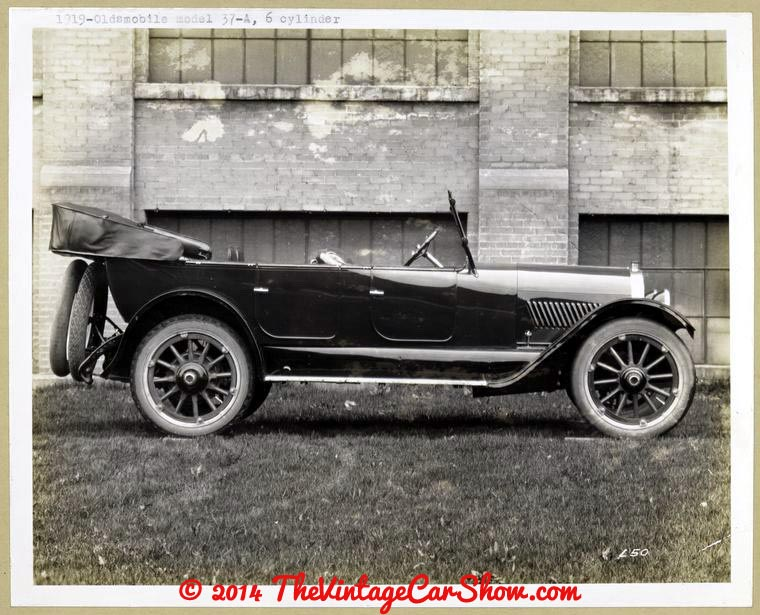 oldsmobile-historic-pictures-22