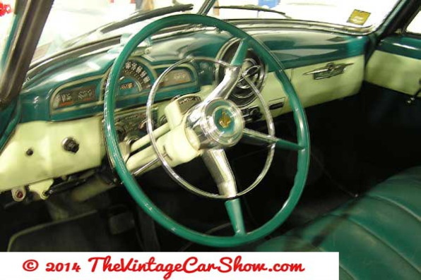 pontiac-1952-catalina-interior