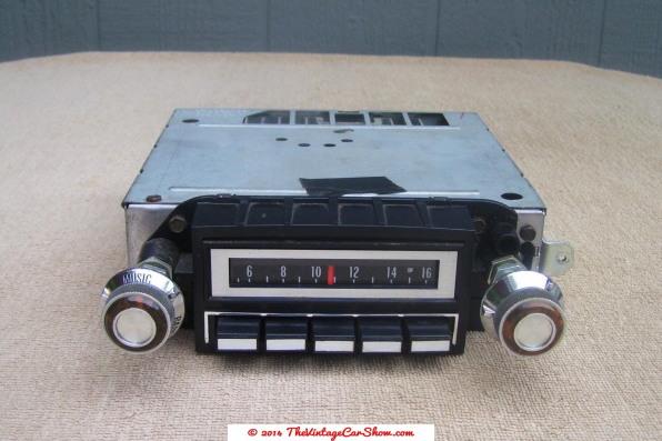1973-delco-push-button-car-radio