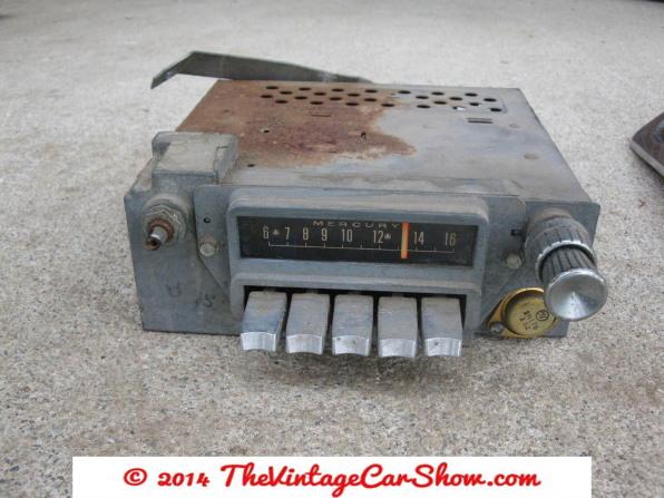 8-track-car-radios-2