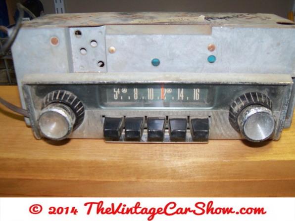 car-restoration-radios-10