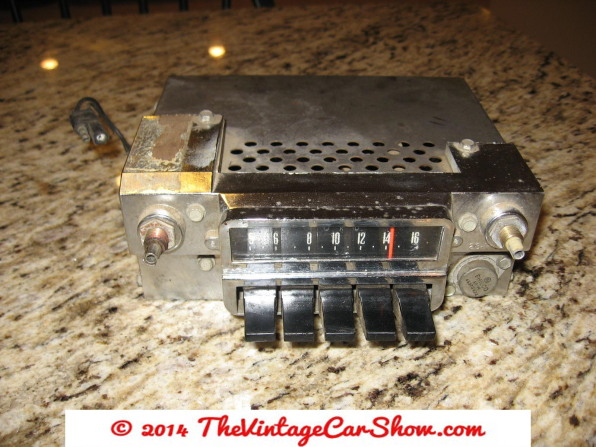 car-restoration-radios-12