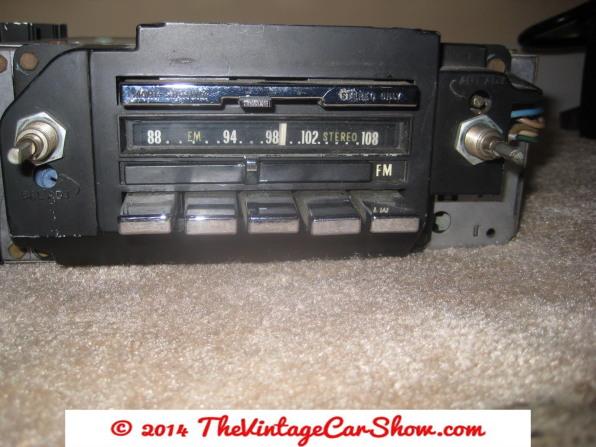 car-restoration-radios-13