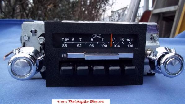 car-restoration-radios-17