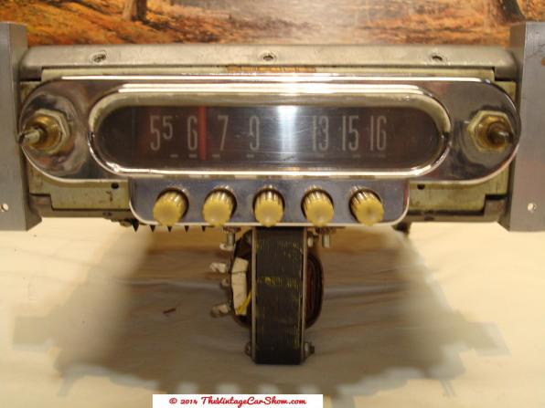 car-restoration-radios-18