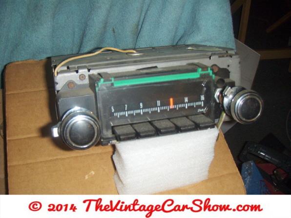 car-restoration-radios-2