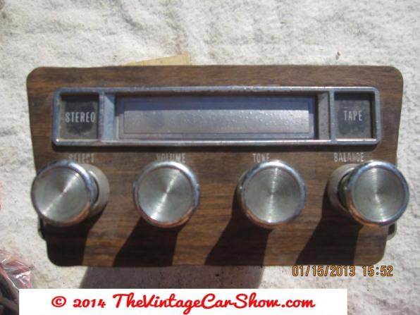 car-restoration-radios-23