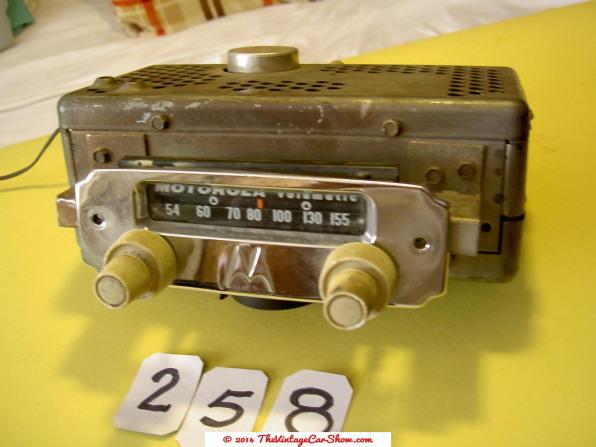 car-restoration-radios-3