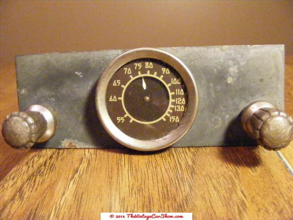 classic-car-radio-controls