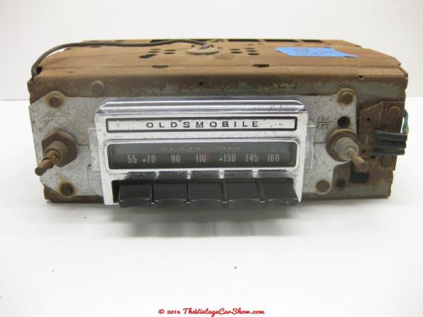 classic-car-radios-11