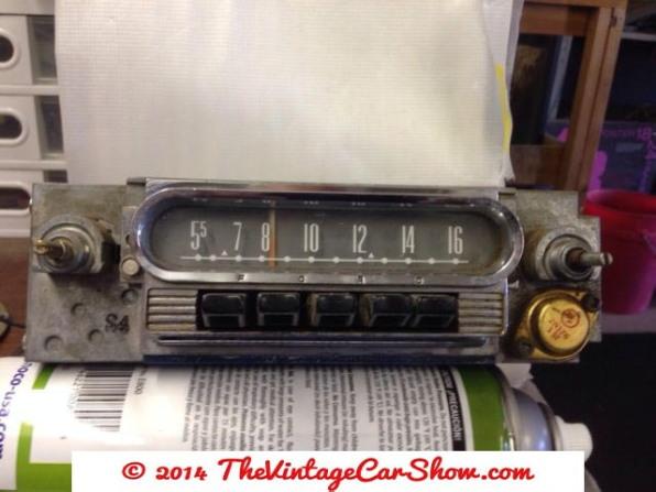 ford-am-car-truck-radio-60616263-fomoco-oem-24mf
