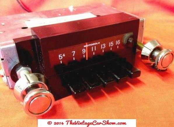 ford-car-radio-push-button-motorola