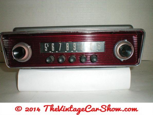 ford-fairland-car-radio-reconditioned-model-2mf