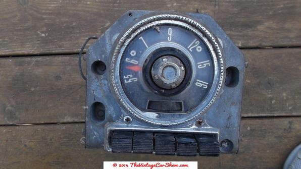ford-motor-company-1955-am-car-radio-fomoco-in-dash
