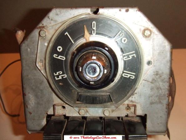 ford-motor-company-1955-am-car-radio-fomoco-in-dash2