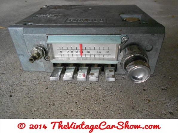 ford-push-button-am-radio-car-truck-5tms2