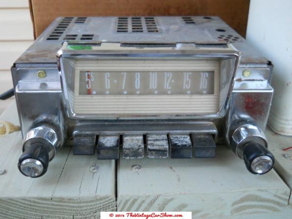 historic-car-radios-11