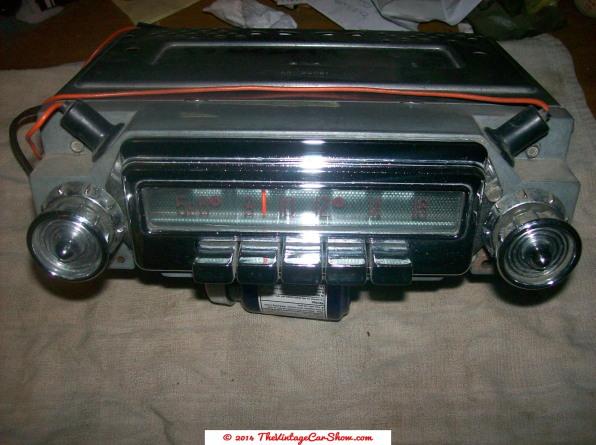 historic-car-radios-12