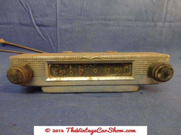 historic-car-radios-14