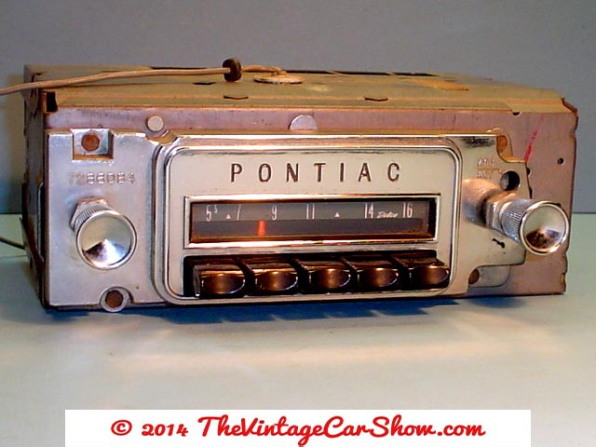 historic-car-radios-15