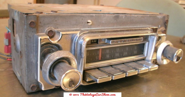 historic-car-radios-16