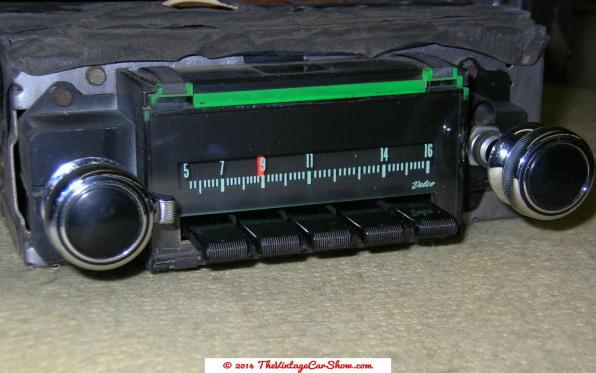 historic-car-radios-17