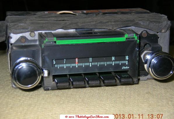 historic-car-radios-18