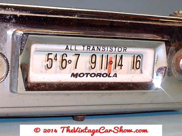 historic-car-radios-19
