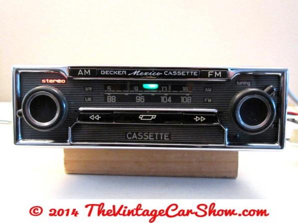 historic-car-radios-3