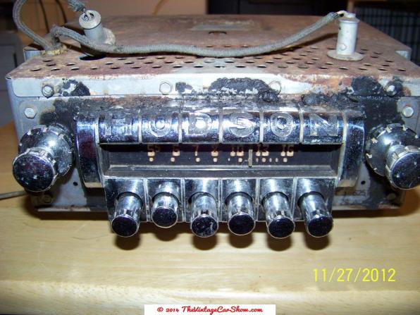 intage-hudson-car-am-radio