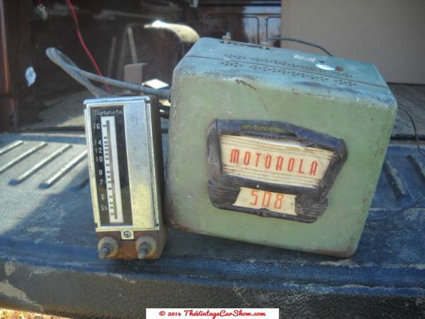motorola-508-car-radio-w-dial-head-cables
