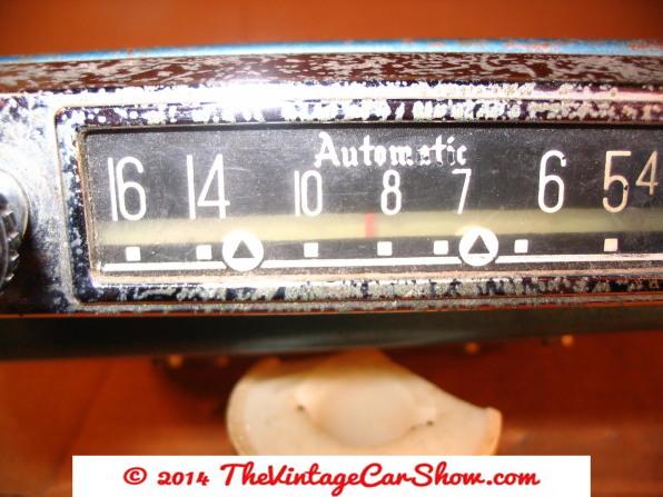 vintage-am-car-radios-3