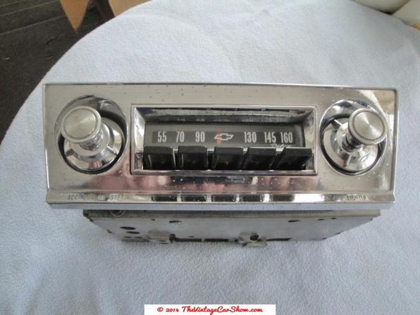 vintage-am-car-radios-5