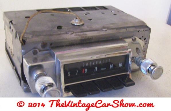 vintage-cars-radios-1