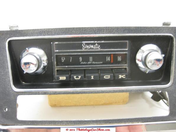 Vintage Car Radios 45