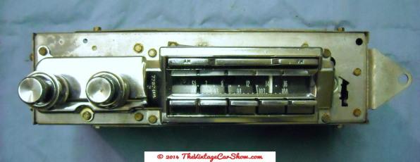 vintage-cars-radios-24