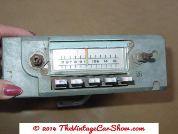 vintage-cars-radios-27