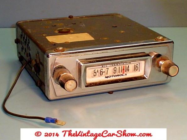 vintage-cars-radios-28