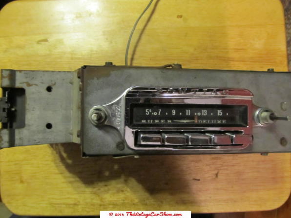 vintage-cars-radios-9