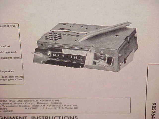 vintage motoroal car radios (4)