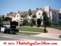 1965-police-car-outside-hollywood-mansion-fremont-pl-off-wil
